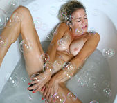 Vanessa - Bubble Bath - Anilos 14