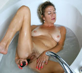 Vanessa - Bubble Bath - Anilos 19