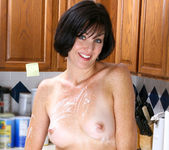 Katie - Horny Housewife - Anilos 11