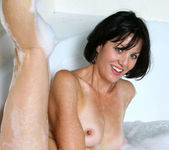 Katie - Bubble Bath - Anilos 7