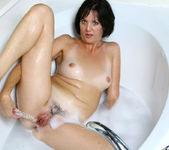 Katie - Bubble Bath - Anilos 14
