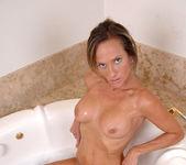 Montana Skye - Bathtub - Anilos 5