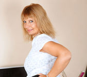 Alex - Office Milf - Anilos 5
