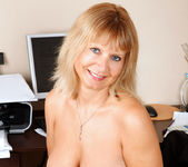 Alex - Office Milf - Anilos 11