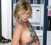 Rosetta - Nude Housewife - Anilos 5