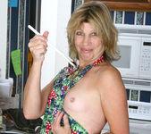 Rosetta - Nude Housewife - Anilos 6
