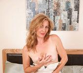 Camilla - Dong Masturbation 15
