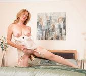 Camilla - Dong Masturbation 19