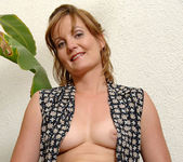 Sadie - Outdoor Wet - Anilos 11