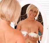 Dana - Mirror - Anilos 6