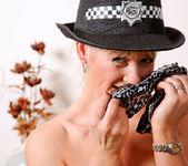 Suzy - Police Woman - Anilos 20
