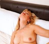 Suzy - Bed - Anilos 12