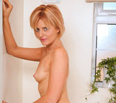 Rebecca - Bathtub - Anilos 11