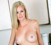 Camryn Cross - Kitchen - Anilos 11