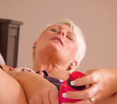 Sally Taylor - Huge Toy - Anilos 15