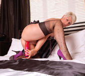 Sally Taylor - Huge Toy - Anilos 16