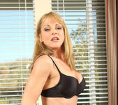 Shayla Laveaux - Couch Spreading 7