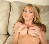 Shayla Laveaux - Couch Spreading 16