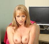 Shayla Laveaux - Office - Anilos 9