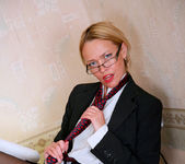 Olga - Office Cougar - Anilos 3