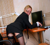 Olga - Office Cougar - Anilos 4