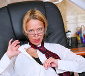 Olga - Office Cougar - Anilos 7