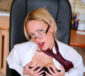 Olga - Office Cougar - Anilos 8