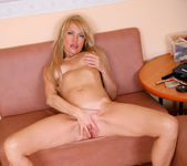 Olga - Anilos Fingering 13