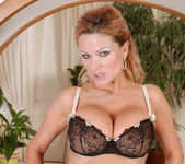 Sharon Pink - Horny Milf - Anilos 13