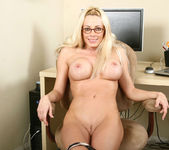 Holly - Hot Secretary - Anilos 11