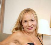 Viktoria - Blonde Anilos 11