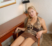 Viktoria - Office Nudity - Anilos 6