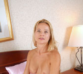 Viktoria - Bedroom - Anilos 10