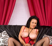 Donna - Couch - Anilos 12