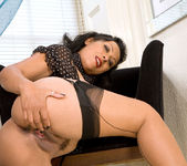 Donna - Black Outfit - Anilos 18