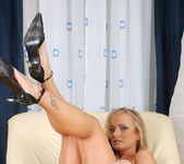 Eve Adams - Mature Pussy - Anilos 12