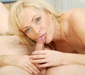 Renata - Hardcore Blonde - Anilos 19