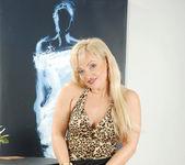 Renata - Milky Mature - Anilos 4