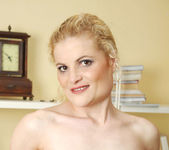 Scarlette Sax - Green Upskirt 9