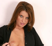 Rae Rodgers - Housewife Cleaning 4