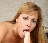 Nicole Moore - Huge Toys - Anilos 9
