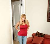 Nicole Moore - Big Dildos - Anilos 3
