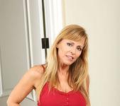 Nicole Moore - Big Dildos - Anilos 4