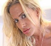 Kylie Worthy - Milf Exposed 20