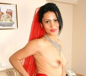 Nelli - Red Bride - Anilos 4