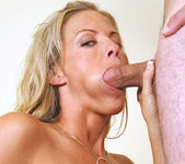 Kayla Synz - Milf Internal 4