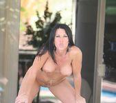 Kendra Secrets - Hot Momma 17