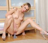 Daniela - Glass Toy - Anilos 18