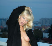 Merilyn - Top Roof - Anilos 9