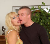 Merilyn - Milf Sex - Anilos 3